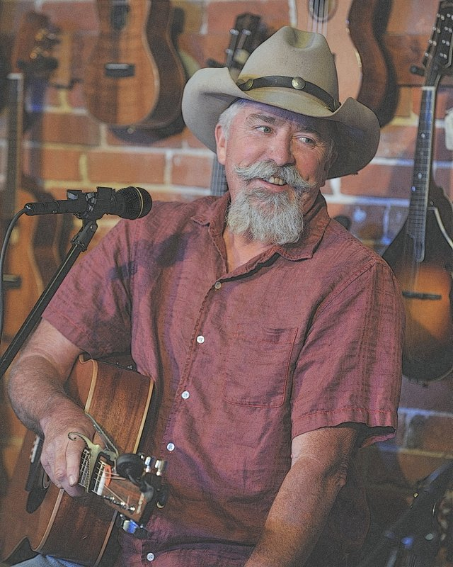 Campfire Cafe Radio Show Guest Mike Blakely