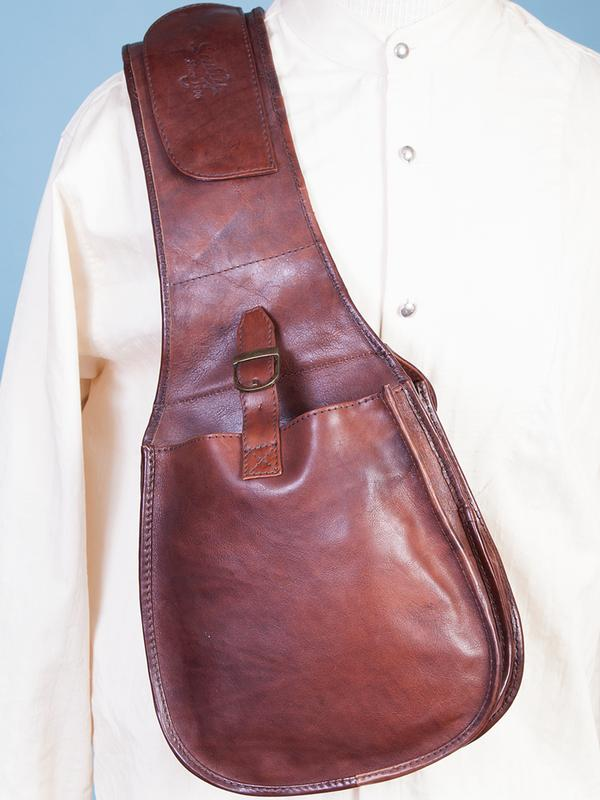 Scully Men's Accessory: A Leather Saddle Bag