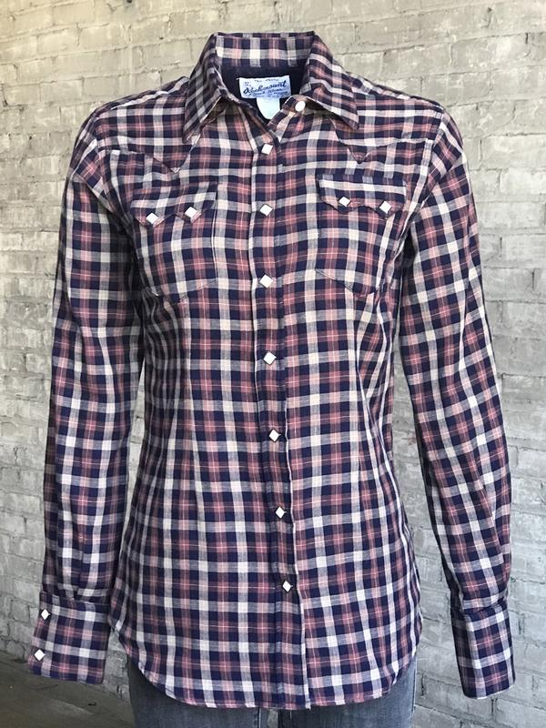 Rockmount Ranch Wear Ladies' Western Shirt: A Plaid Navy Mauve