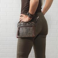 A American West Handbag Hitchin' Post Collection: Leather Crossbody Running Horse Charcoal Brown