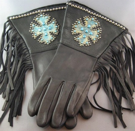 Patricia Wolf Gloves: Turquoise Cross on Black