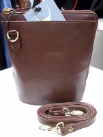 Scully Leather Handbag: Compact Traveler's Friend Caramel Brown SALE