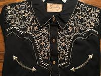 A Scully Ladies' Vintage Western Shirt: Two Tone Scroll Embroidery Black