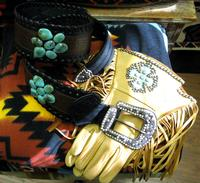 Patricia Wolf Gloves: Turquoise Cross on Saddle