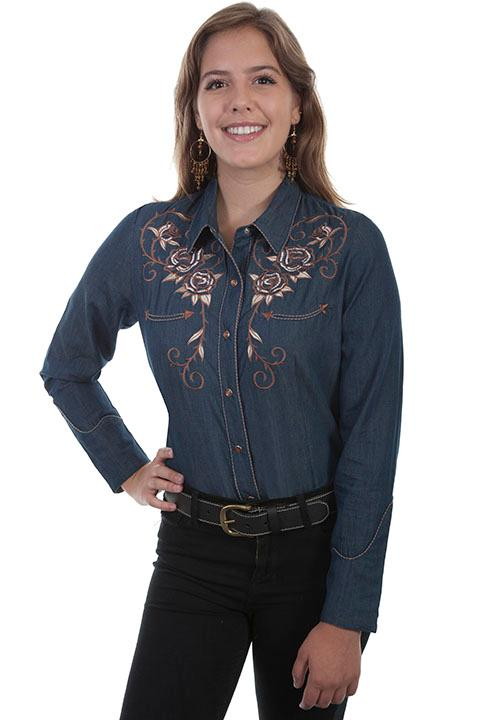 A Scully Ladies' Vintage Western Shirt: Roses and Longhorn Skull