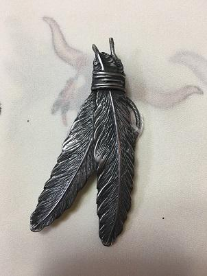 Rockmount Ranch Wear Accessory: A Scarf Slide Feathers Pewter