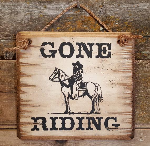 Wall Sign Barn: Horses Gone Riding